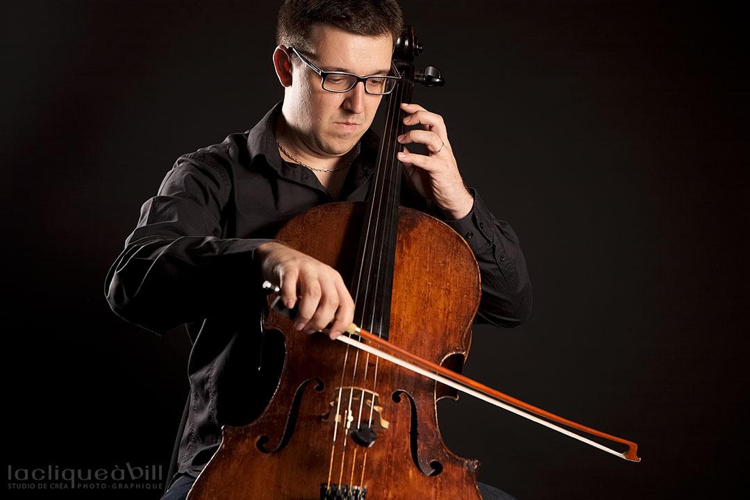 Sébastien Laurens au violoncelle